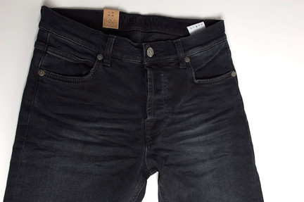 amsterdenim kees black used 3