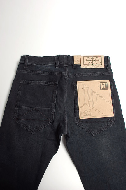 amsterdenim kees black used 5